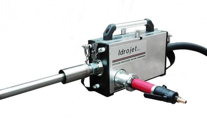 ریجید لنس ماشین سه گانه جهت رسوب زدایی داخلی مبدل با فشار 6.3 بار مدل IDROBOX-X3 ساخت ایدروجت ایتالیا